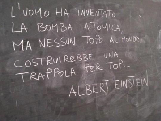 invenzione_bomba_atomica_by_albert_einstein_